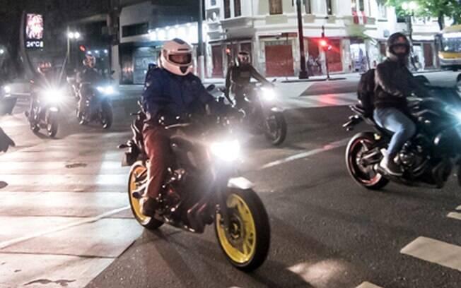 """Apresentação da nova Yamaha MT-07 2019 incluiu, um """"rolê"""" noturno pelo centro histórico de São Paulo"""