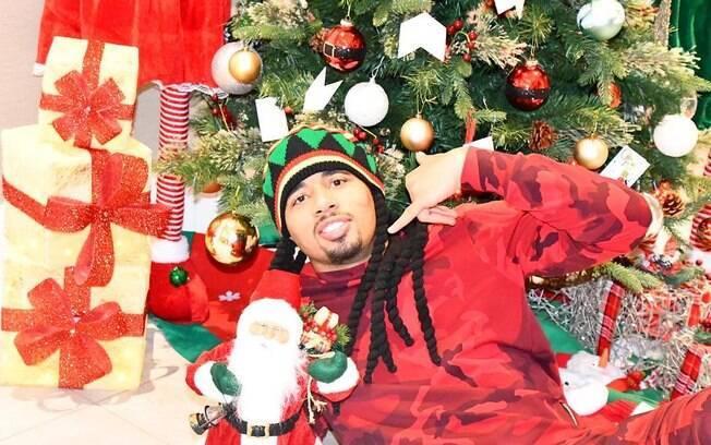 Xará do aniversariante do dia, Gabriel Jesus também entrou no clima de Natal