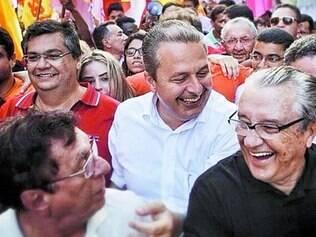 Diferenças. Eduardo Campos reforçou que não compartilha do mesmo projeto político de Aécio Neves