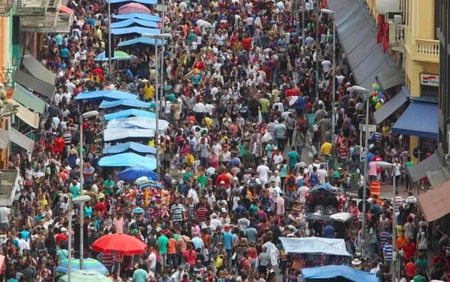 Rua 25 de Março, endereço comercial famoso de São Paulo