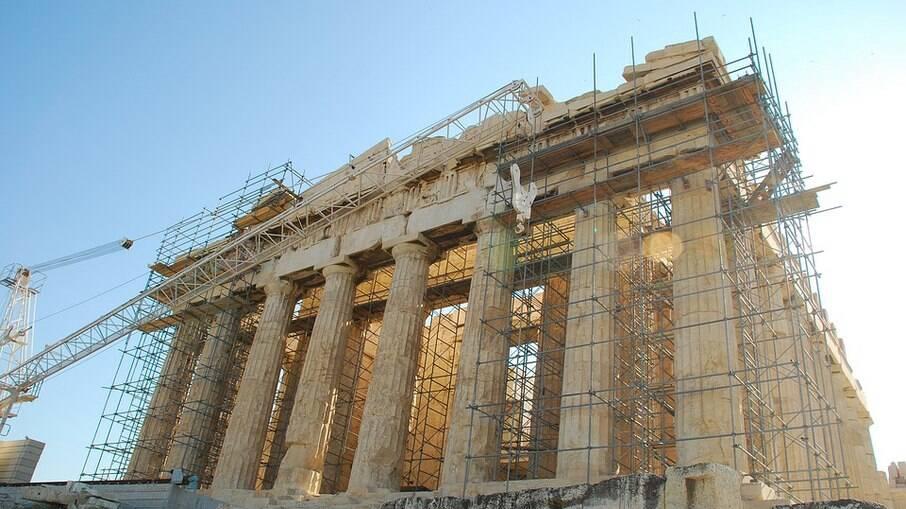 Partenon está em processo de restauração há mais de três décadas