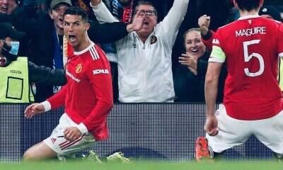 Cristiano Ronaldo decide jogo e United vence de virada
