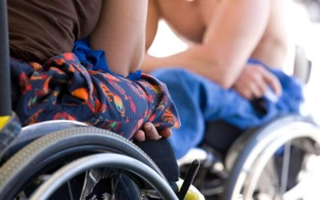 Cadeirantes podem -- e têm -- uma vida sexual saudável e ativa