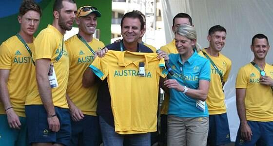 Após polêmica, Paes se desculpa com australianos