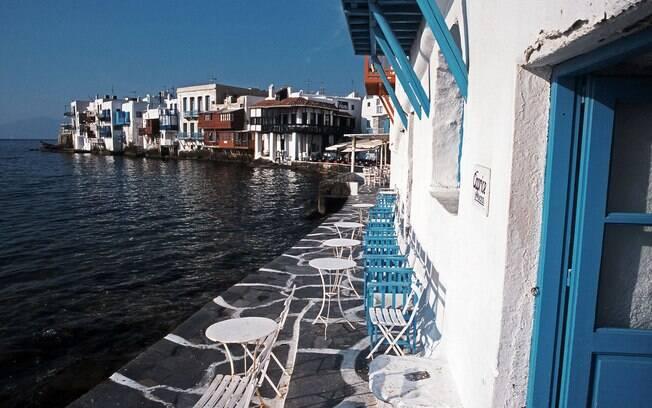 O Caprice Bar está na lista dos 10 melhores bares do mundo e tem um estilo grego e já recebeu astros internacionais