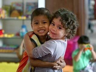 Crianças da Fundação Sara: hora da brincadeira