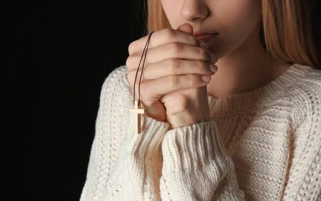 Salmos e simpatias para abençoar a relação amorosa