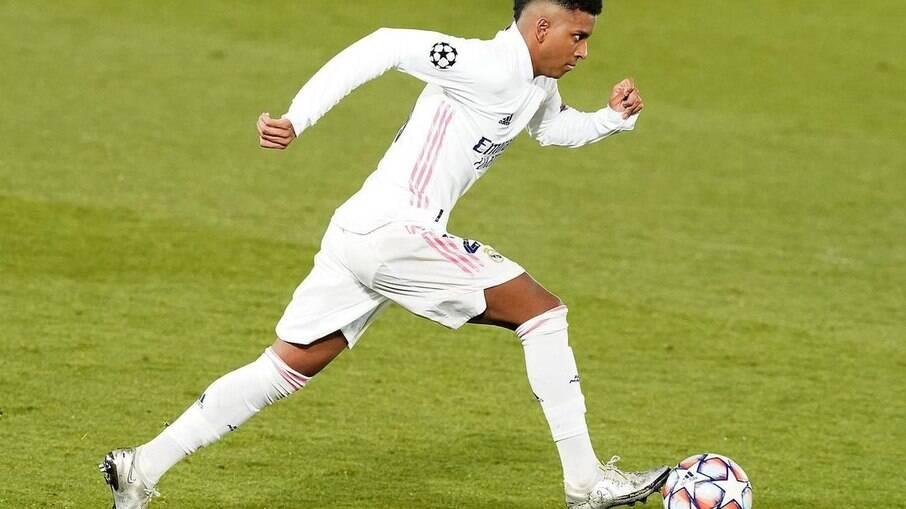 Rodrygo pode completar marca histórica contra o Barcelona