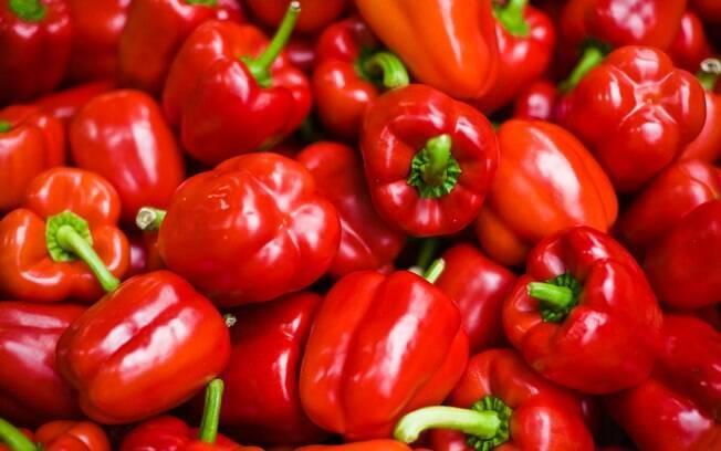 Pimentão: contém muitas vitaminas, mas sofre muitas pulverizações de agrotóxicos. Foto: Getty Images