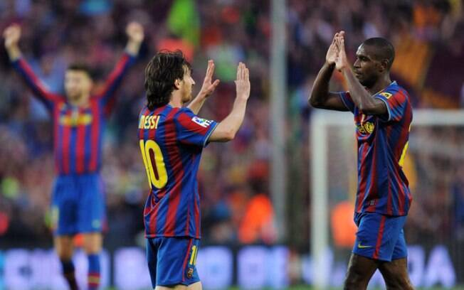 Lionel Messi e Abidal jogaram juntos no Barcelona entre 2007 e 2013