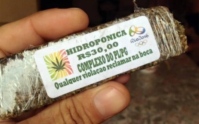 Segundo a polícia, pacotes da droga com a logomarca têm sido vendidas desde o mês passado