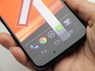 Moto X roda versão praticamente pura do Android