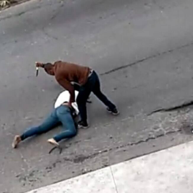 Homem esfaqueia jovem no Rio de Janeiro