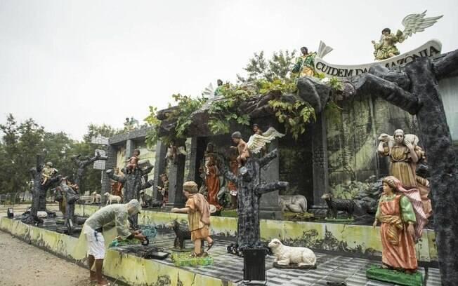 Ladrões roubaram cabos e refletores de presépio montado na zona sul do Rio