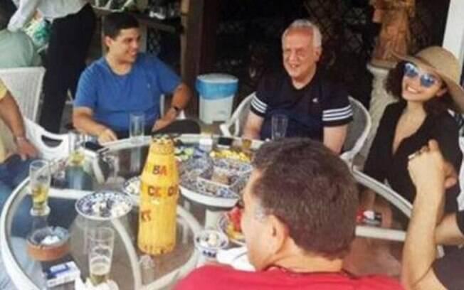 Maria Melilo durante almoço com o deputado Jarbas Vasconcelos