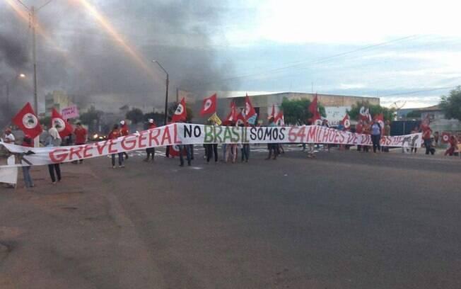 Centrais sindicais e movimentos sociais prometem greve geral caso Senado confirme afastamento de Dilma. Foto: Frente Brasil Popular/Divulgação - 10.05.16