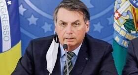 Bolsonaro confirma Auxílio Brasil: