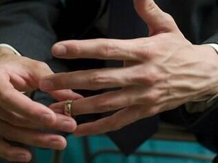 Aprendendo a ser solteiro de novo: conheça as maiores queixas dos homens após o divórcio