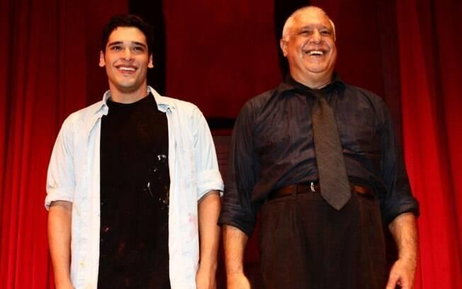 Filho e pai: Bruno e Antônio Fagundes estreiam juntos no teatro, com a peça,