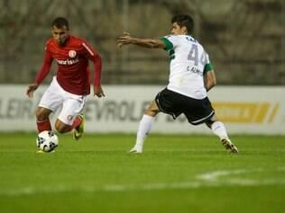 Inter reclamou de erro da arbitragem, que marcou pênalti para o Coxa