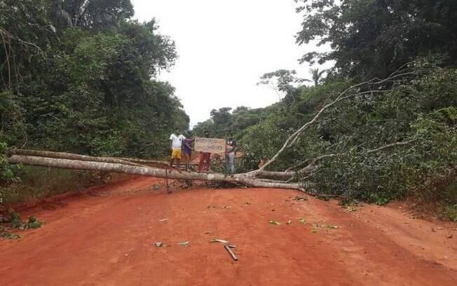 Bloqueio em acesso ao Xingu%2C no Mato Grosso