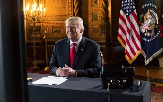 Colecionando polêmicas, presidente Donald Trump completou um ano na Casa Branca neste sábado (20)