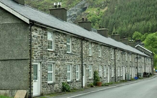Com o preço de um flat de luxo em Londres é possível comprar uma vila no País de Gales