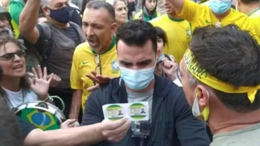 Arthur do Val recebeu vaias e xingamentos durante manifestação