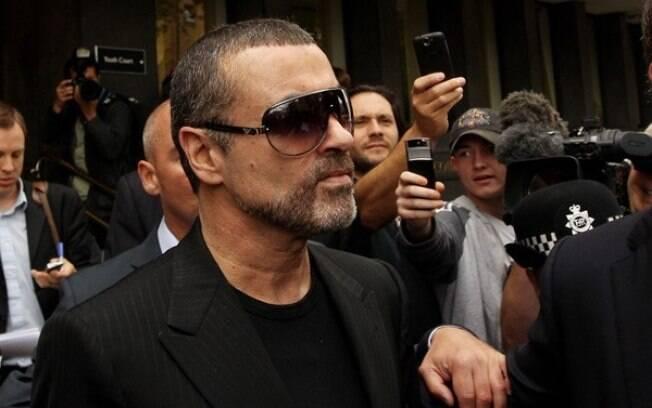 George Michael deixa o hospital em Viena