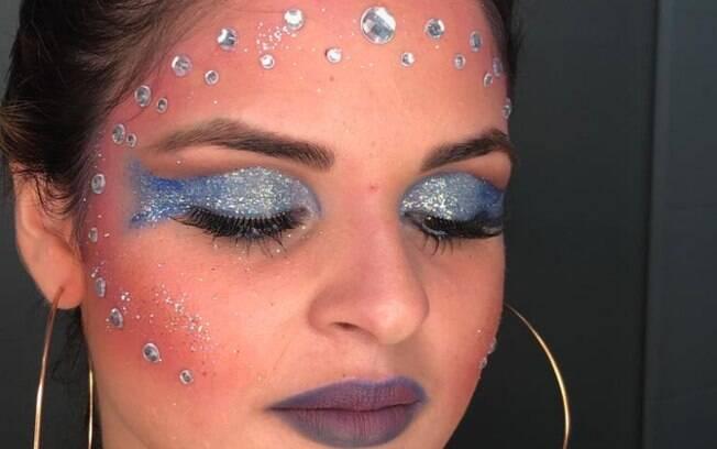 Apostar no sereismo como uma maquiagem para o carnaval nunca é uma ideia ruim, já que o visual é fácil de ser copiado