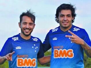 Dupla entrosada. Everton Ribeiro e Ricardo Goulart curtiram o dia em que foram convocados para defender a seleção pela primeira vez
