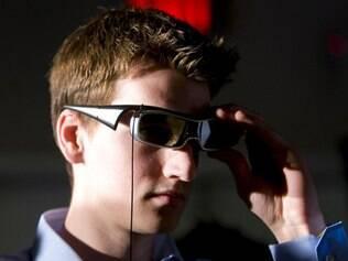 Padrão para óculos 3D ativos deve chegar em 2012