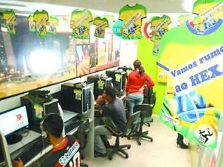 Lan-house de Belo Horizonte se enfeitou para a Copa de 2010