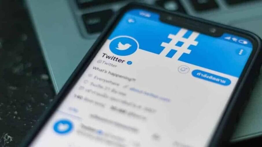 Usuários se despedem dos Fleets com nudes no Twitter