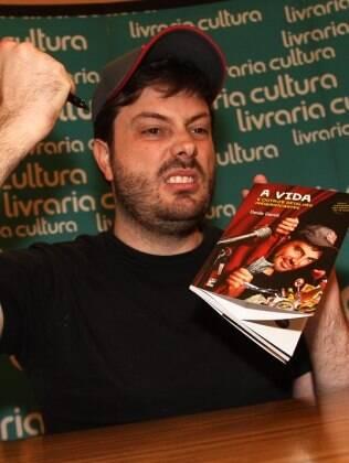 Danilo Gentili lança o livro