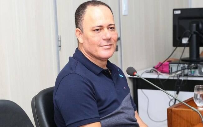 A equipe de Ronaldo Batista afirmou que ele não é o alvo principal da operação.