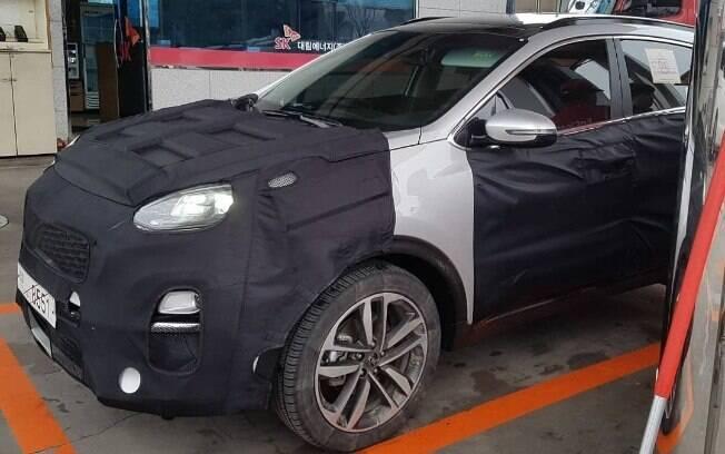 Kia Sportage: disfarces escondem as mudanças na versão renovada do SUV, que deverá  chegar ao Brasil em 2019