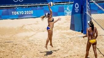 Ana Patrícia e Rebecca vencem no vôlei de praia e Brasil segue 100%