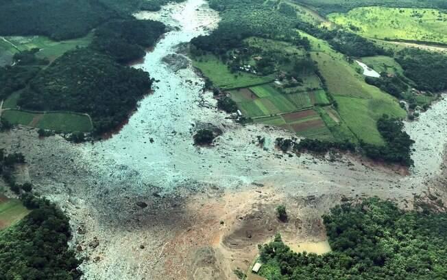 Rompimento da barragem da Vale em Brumadinho provocou a morte de 99 pessoas até o momento