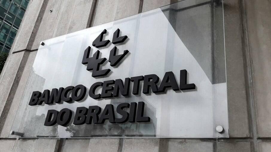 Banco Central reajusta Selic em 1% ao ano