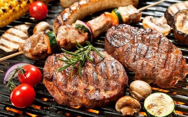 Aprenda a driblar a crise! Especialistas dão dicas para economizar no churrasco sem abrir mão da carne bovina