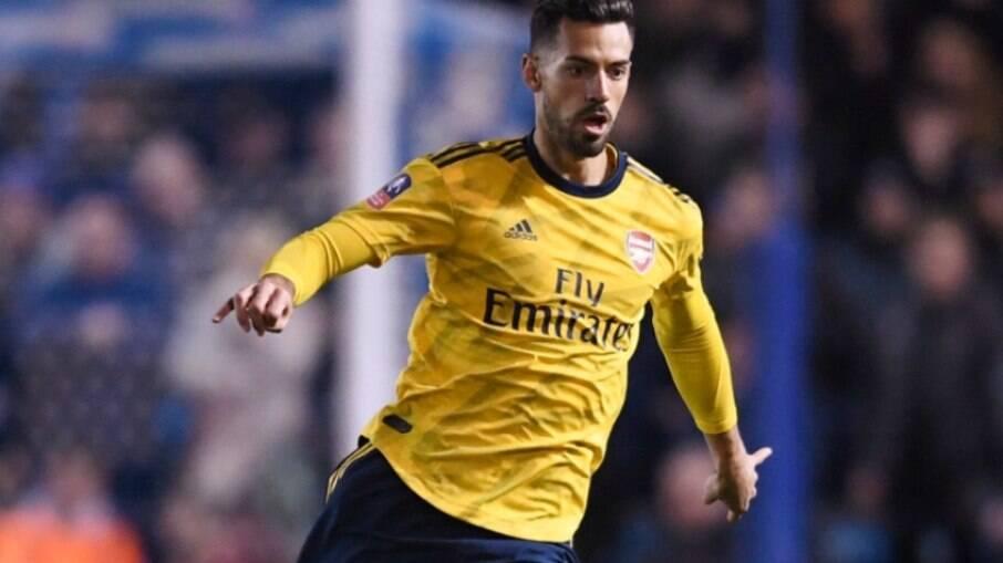 Pablo Marí celebra bom momento no clube inglês