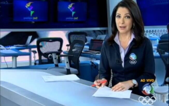 Ana Paula Padrão na bancada do Jornal da Record