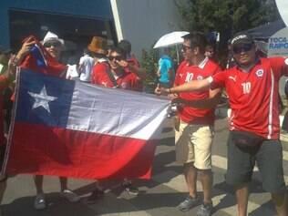 Torcedores do Chile começam a aparecer em Belo Horizonte e já mostraram as caras na Toca da Raposa II