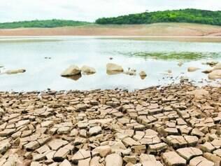 Gota a gota. Represa Serra Azul, em Juatuba, registrou ontem   nível de  8,7% de sua  capacidade total
