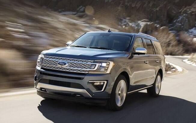 O Ford Expedition é um super SUV de luxo que está atraindo mais compradores como reflexo da baixa mundial do petróleo