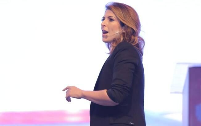 Carol Paiffer, CEO da ATOM, na primeira edição do Summit Êxtio de Empreendedorismo