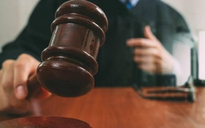 Juízes são condenados por corrupção