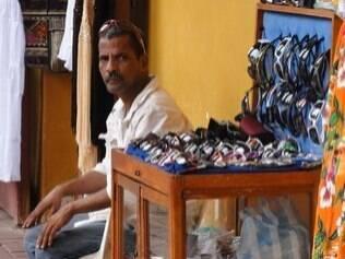 Venda de produtos voltados para turistas nas Bóvedas