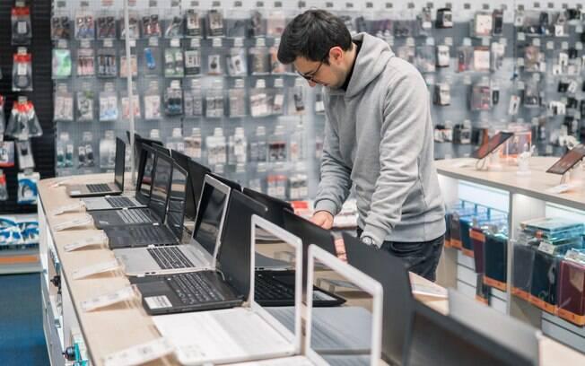 Se customizar as versões top de linha dos novos computadores da Apple, poderá gastar até R$56,4 mil para ter o seu